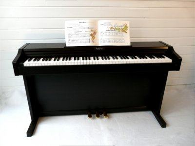 digitale piano huren